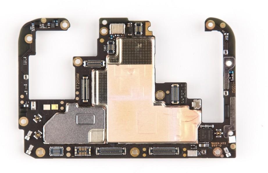 编辑老大的炫耀提问,这里负责刷数据! vivo NEX,6.59英寸无刘海,91.24%的零界全面屏23601080分辨率和P3色域,采用屏幕发声系统,3d弧形后背,智能语音助手Jovi,弹出式前置800万摄像头+后置1200万+500万摄像头,索尼IMX363传感器,1.4m像素密度,四轴光学防抖,4000mAh电池,3.