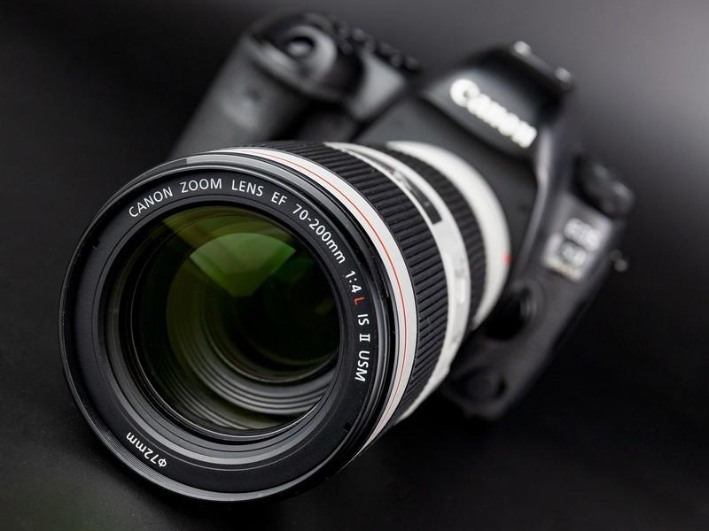 长焦变焦镜头买哪个更好?