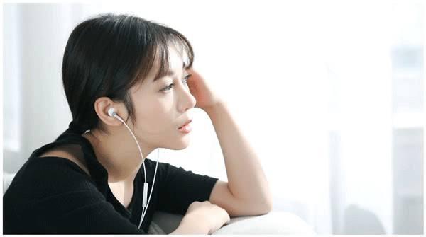 长期使用入耳式耳机会不会对听力造成影响?