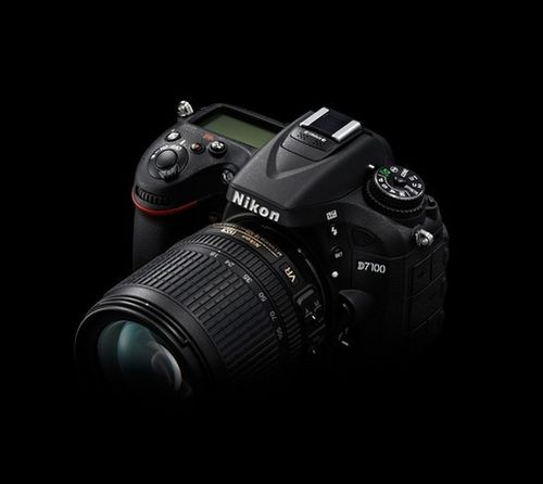 买相机店员推荐D7100,现在还值得买吗?
