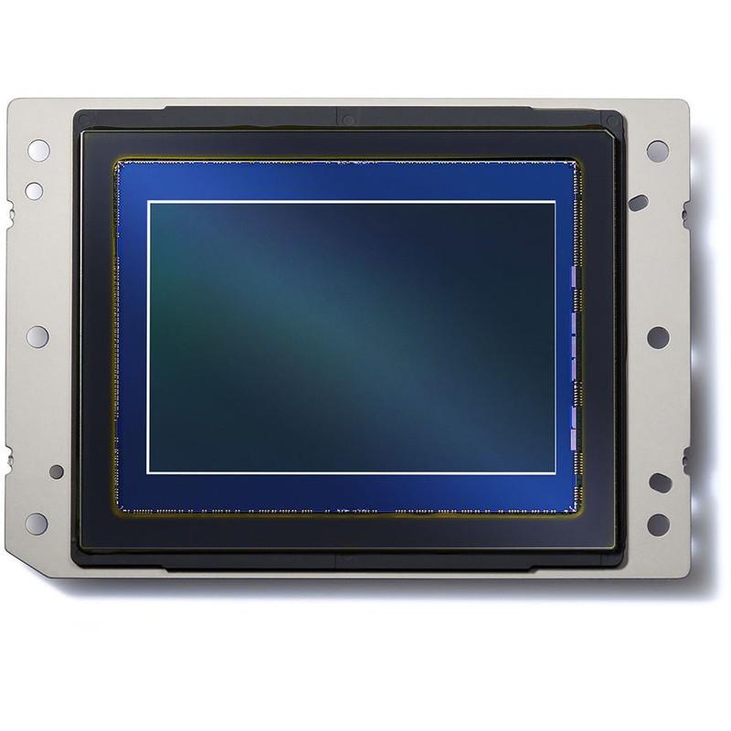 尼康D850用的传感器是自己的嘛?