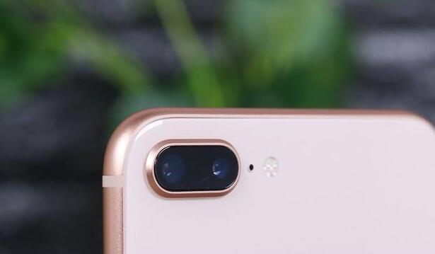 iphoneX和iphone8P哪个更值得买?
