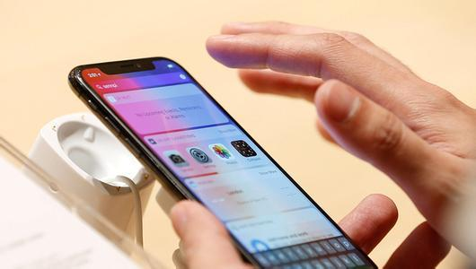 手机的触屏失灵了 怎么办??