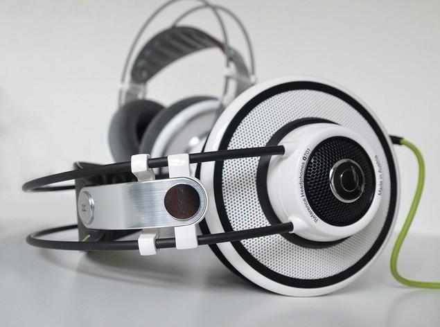 如何评价AKG Q701这款耳机