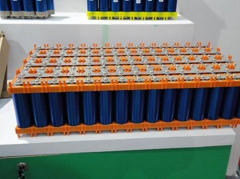 铅酸电池好还是锂电池好?