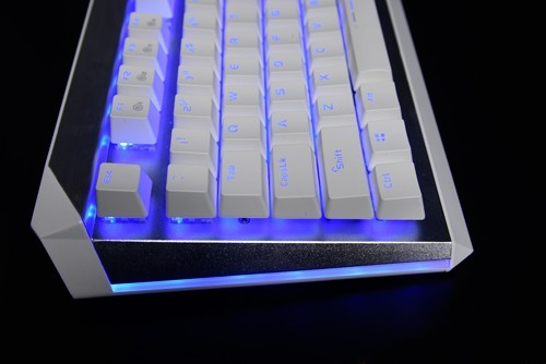 我的达尔优EK822机械键盘只有一种颜色的灯光,要怎么才能调...
