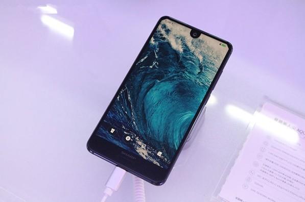 小尺寸OLED未来有可能攻占智能手机市场吗?