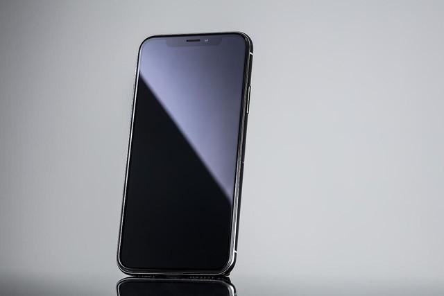 今年LCD版iPhone用的是谁家屏幕?