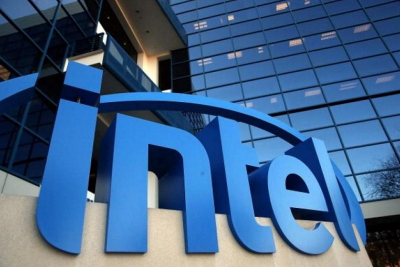 Intel和AMD新品U哪个好啊